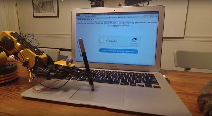 Articolo di approfondimento su Paolo Pepper robot dotato d'intelligenza artificiale a cura di Gilles Dino Guarino