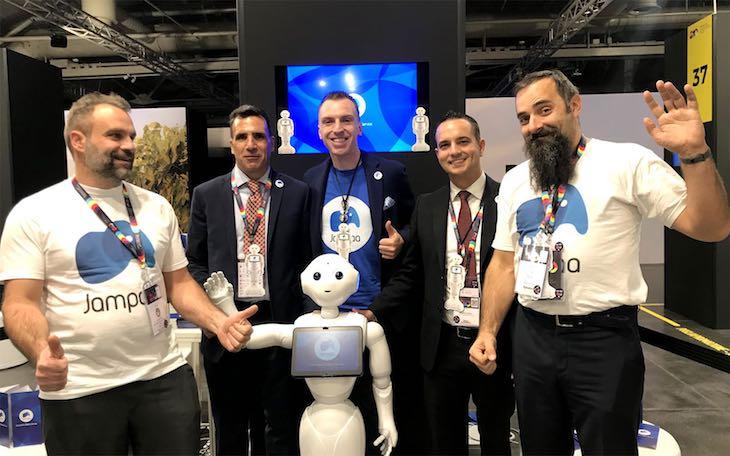 Robot e lavoro in Italia articolo di approfondimento sull'IA di Gilles Dino Guarino