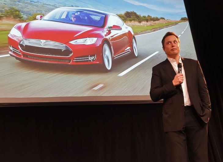 Articolo su Elon Musk e gli imprenditori visionari a cura di Gilles Dino Guarino social media manger