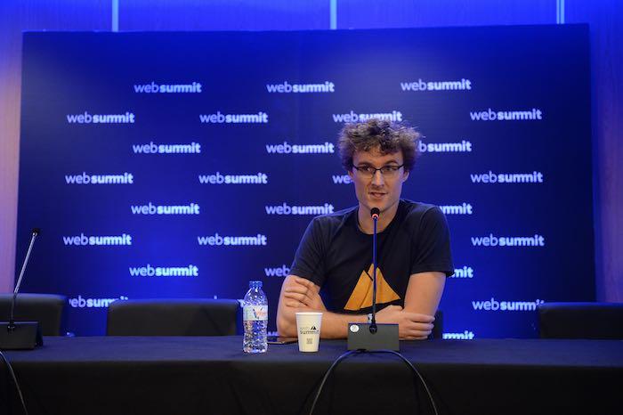 Patrick-Cosgrave-fondatore-Web-Summit-articolo-di-approfondimento-sul-web-summit-Vanina-Basilli-copywriter